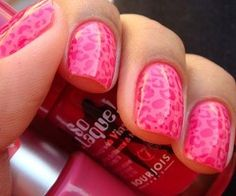 I'm always doing different things to my nails, but I haven't got around to trying this yet.