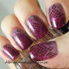 Purple-snake-skin-nails-and-nail-art-tutorial