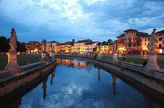 Prato della Valle - Padova, Italy by Roberto Floccari