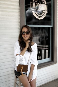 OAK CLIFF DALLAS | Fiona from thedashingrider.com wears a Sheinside Blouse, leather shorts from Set, & Other Stories Sandals and a Saint Laurent Bag #ootd #whatiwore #petite