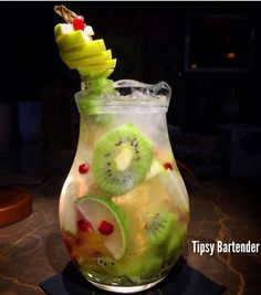 Sophia's Dream Cocktail - For more delicious recipes and drinks, visit us here: www.tipsybartender.com