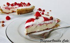 Raw Peanut Butter and Jelly Cream Pie Raw Dessert Recipes, Raw Desserts, Raw Vegan Recipes, Jam Recipes, Vegan Food, Vegan Sweets, Healthy Desserts, Delicious Desserts, Healthy Recipes