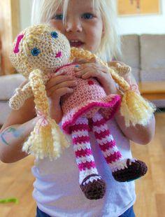 Free Crochet Pattern Doll