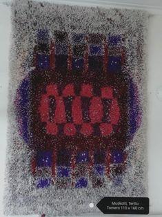 "Ryijy ""Muskotti"" /Terttu Tomero Textile Patterns, Textiles, Rya Rug, Floor Rugs, Carpets, Scandinavian, Graphic Design, Flooring, Cool Stuff"