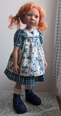 Annemi (45cm) EL 75, de Nicole Marschollek-Menzner pour Zwergnase, collection 2014 . Tenue (robe et jupe) réalisée par mes soins.