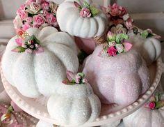 El mercado Cottage: Shabby Chic Pumpkins Shimmering y calabazas!