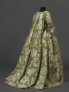 Robe and jupe de robe à la française, silk lampas, linen, 1750 et 1760, Palais Galliera, musée de la Mode de la Ville de Paris