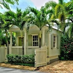 Enchanting seaside cottage w/private pool, off-street parking, & prime location - Houses for Rent in Key West, Florida, United States Seaside Florida, Key West Florida, Florida Vacation, Florida Travel, Vacation Spots, Travel Usa, Big Pine Key Florida, Beach Travel, Vacation Ideas