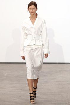 Derek Lam Spring 2014 Ready-to-Wear Fashion Show - Irina Kravchenko