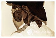 Pañuelo y sombrero medio queso de indumentaria valenciana de caballero de la tienda y taller de confeccion de indumentaria Aguas de Marzo® en Valencia