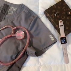 We love these work essentials by Every nurse needs the right accessories to go with her scrubs and she has nailed it! So classy We love these work essentials by Every nurse needs the right accessories to go with her scrubs and she has nailed it! So classy Nursing Goals, Nursing Career, Medical Students, Nursing Students, Nursing Schools, Cna School, Medical School, Medical Careers, Medical Assistant
