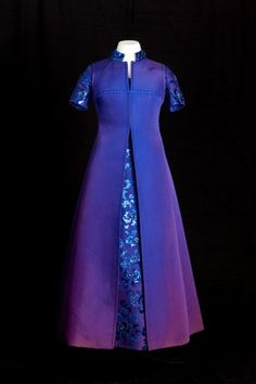 Evening dress, Marc Bohan for Christian Dior, 1977. Worn by Princess Margaret at the Silver Jubilee Celebrations for Queen Elizabeth II