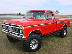 1976 Ford F-250 Ranger XLT 4×4 Pick-Up Truck