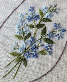 Wonderful Ribbon Embroidery Flowers by Hand Ideas. Enchanting Ribbon Embroidery Flowers by Hand Ideas. Crewel Embroidery Kits, Embroidery Flowers Pattern, Learn Embroidery, Silk Ribbon Embroidery, Cross Stitch Embroidery, Machine Embroidery, Embroidery Thread, Embroidery Tattoo, Brazilian Embroidery Stitches