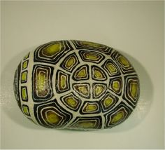 Turtle Tortoise hand-painted rock di RocksOK su Etsy