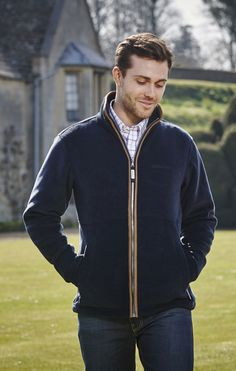 The Schoffel #Cottesmore is perfect to wear as a mid layer in colder weather, or simply on its own. This is a highly versatile, smart looking fleece whether you're in the #town, or #countryside.