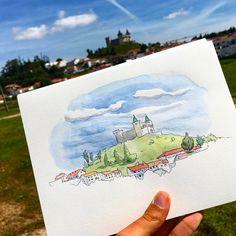 Porto de Mós castle, a short stop to sketch this cool-sky-disney-castle!