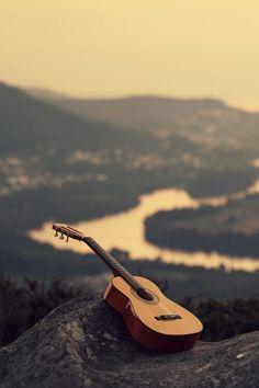 Can you imagine just sitting up here, all alone with your guitar. On top of the world. And you can just play and sing your heart out.