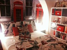 From British House Design via The Anglophile Channel