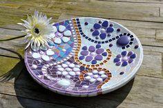 Plato de vidrio mosaico púrpura blanco y oro por mimosaico en Etsy