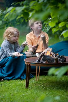 Skagerak's Ignis Firebowl is perfect for toasting marshmallows in the warm summer evenings. Next Garden, Types Of Steel, Fire Bowls, Corten Steel, Interior Design Services, Outdoor Living, Outdoor Blanket, Warm, Marshmallows