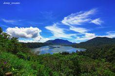 Buyan Lake , Bali