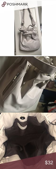 YESSTYLE - Cute gray/beige bow purse Super cute purse with a bow on it. Great for holding laptops, notebooks, etc. BRAND NEW never worn! Brand is not FOREVER21- purchased from YESSTYLE. Forever 21 Bags Totes