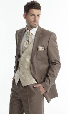 costume camilio beige pas mal classe a change du classique noir ou gris - Costume Mariage Homme 3 Pieces