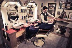 Shaving – The Old School Way