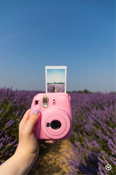 Poloroid Camera, Polaroid Instax Mini, Instax Mini Film, Fujifilm Instax Mini, Polaroid Pictures, Polaroids, Cute Camera, Photo Recreation, Iphone Cases Disney