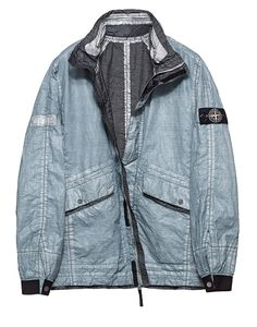 Limited edition reversible jacket: 2 series of 50 pieces garment dyed with 50 different colour recipes in the STONE ISLAND Colour Laboratory. Air Jordan, Military Fashion, Mens Fashion, Fashion Tips, Reebok, Nba, Stone Island, Adidas, Sportswear
