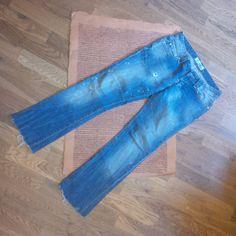 Jeans Velikost 38,TRF denim,utrzeny knoflicek 100KČ