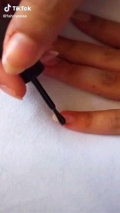 Beauty Hacks Nails, Nail Art Hacks, Nail Art Diy, Stylish Nails, Trendy Nails, Cute Nails, Nail Art Designs Videos, Nail Art Videos, Summer Acrylic Nails