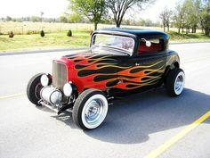 Ford : Other FLAMES 1932 FORD NOSTALGIA CUSTOM CLA - http://www.legendaryfinds.com/ford-other-flames-1932-ford-nostalgia-custom-cla-6/