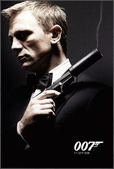 Daniel Craig as Ian Fleming& James Bond Rachel Weisz, Craig Bond, Daniel Craig James Bond, Skyfall, Pierce Brosnan, Estilo James Bond, James Bond Style, I Movie, Movie Stars