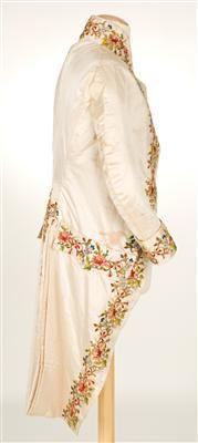 Coat (image 2) | Spain | 1785-1800 | silk, linen | Textilteca CDMT | Museum #: 11621
