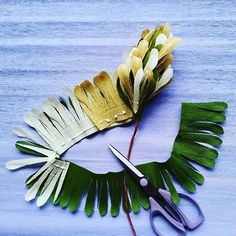 Easy way to make greens from paper. #Handmade #paper #crepepaper #decoration