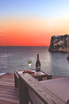 sunset, champagne, and sea image Dream Vacations, Vacation Spots, Places To Travel, Places To Visit, Beautiful Places, Beautiful Pictures, Travel Aesthetic, Trip Planning, Travel Inspiration