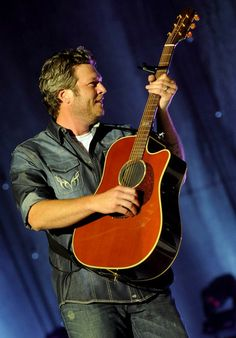 Blake Shelton...wasted. he was hysterical