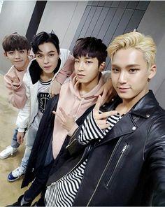 Mingyu lindo, wonwoo e sua famosa cara de bunda, Vernon sexy como sempre e o s.coups fofo como sempre( algumas vezes já em outras ta mais sexy do que sei la oque