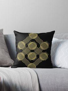 Einfaches Motiv mit Kreise und Wellen in Gold • Entdecke einzigartige Designs und Motive von unabhängigen Künstlern. Vintage T-shirts, Clutch, Form, Designs, Throw Pillows, Circles, Round Collar Shirt, Laptop Tote, Iphone Case Covers