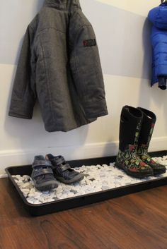 dressing up a boot tray with stone tile...