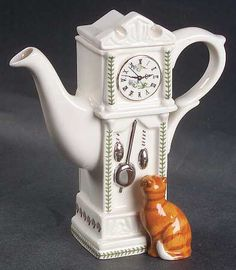 Mini Figurine Teapot & Lid in Botanic Garden by Portmeirion