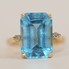 10K Solid Yellow Gold Emerald Cut Blue Topaz & Diamond Cocktail Ring Size 6.75 #Cocktail