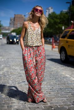 I like the floral pattern! Might use is as inspiration when I make my summer wardrobe!
