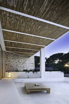 love the simplicity... reminds me of Mykonos -(Cavoo Tagoo)