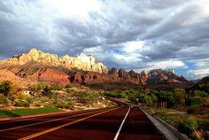 Narrow+Zion+Death+Valley+National+Park | Zion National Park, Utah
