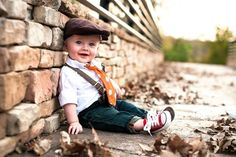 Baby photo ideas... 6 month photo! Such a lil stud muffin ;) this is my baby Ryder!
