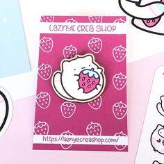 Stawberry Wooden Pin – LaznyeCreaShop Cute Pins, Pin Badges, Kawaii