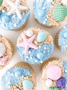 Ocean Cupcakes, Beach Theme Cupcakes, Beach Themed Cakes, Fancy Cupcakes, Kid Cupcakes, Themed Cupcakes, Birthday Cupcakes, Seashell Cupcakes, Swimming Cupcakes